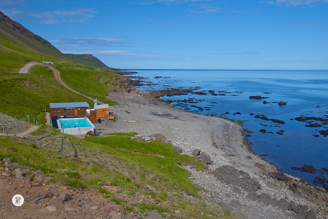 Acryl_Island-Krossneslaug_105x70cm